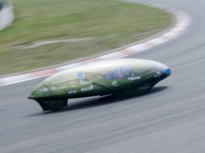 Test van de Eco-Runner op het Circuit van Zandvoort. (Foto: Eco-Runner team)